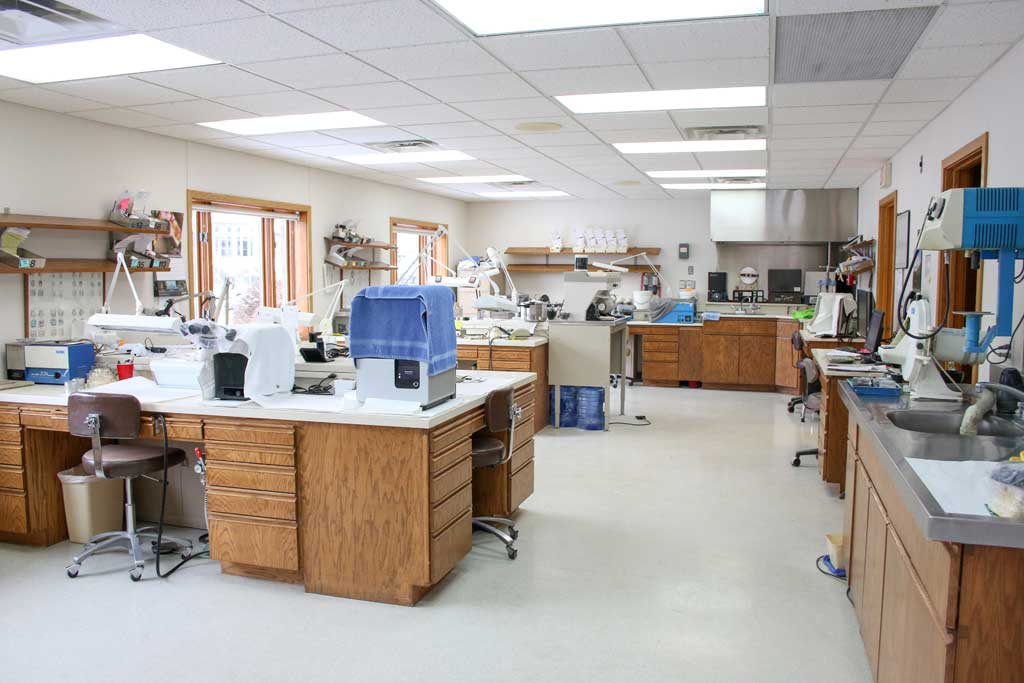 [Dental Lab Area at Wanserski Dental Center for Complex Dentistry